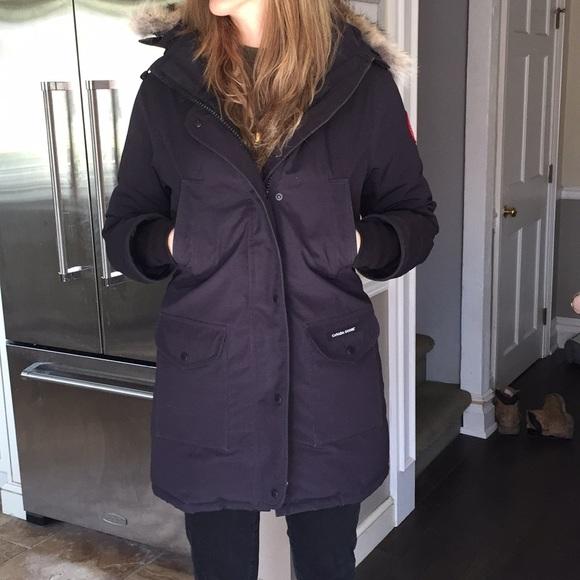 97c8d1e2f427 Canada Goose Jackets   Blazers - Canada Goose Trillium Parka women s Size  Medium